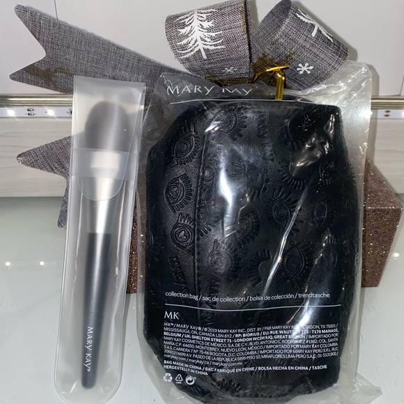 Mary Kay Limited Edition Collection Bag